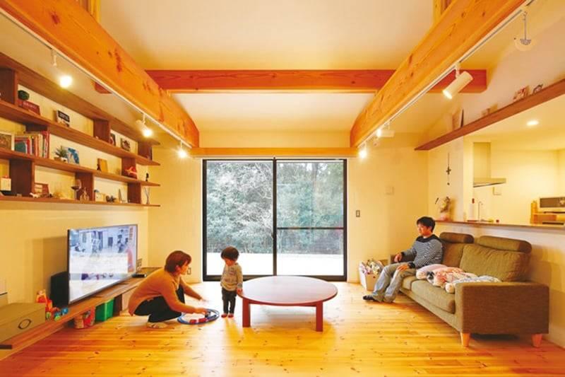 【上山建設】<br>日々の暮らしに心地よい<br>緑と光に囲まれた平屋の家