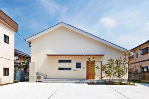 【colon design office】<br>無垢の素材感×デザインが調和した<br>こだわりと温もりが共存する家