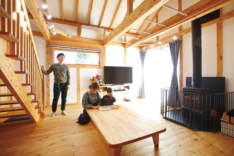 【福田工務店】<br>憧れの薪ストーブと趣味を愉しむ<br>遊び心と温もりにあふれた住まい