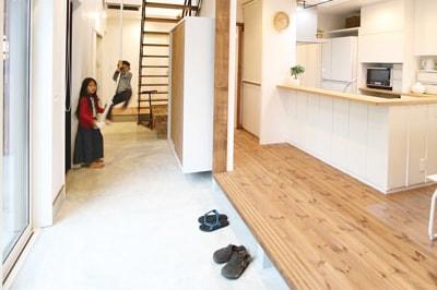 【タマホーム】<br>家族のつながりを感じながら<br>のびのびと暮らす快適な家