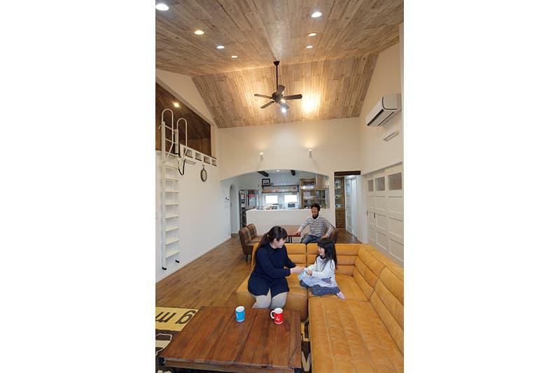 【アルファ建築空間 佐世保営業所】<br>家族の成長を綴る<br>デザイン性あふれるレンガ造りの家