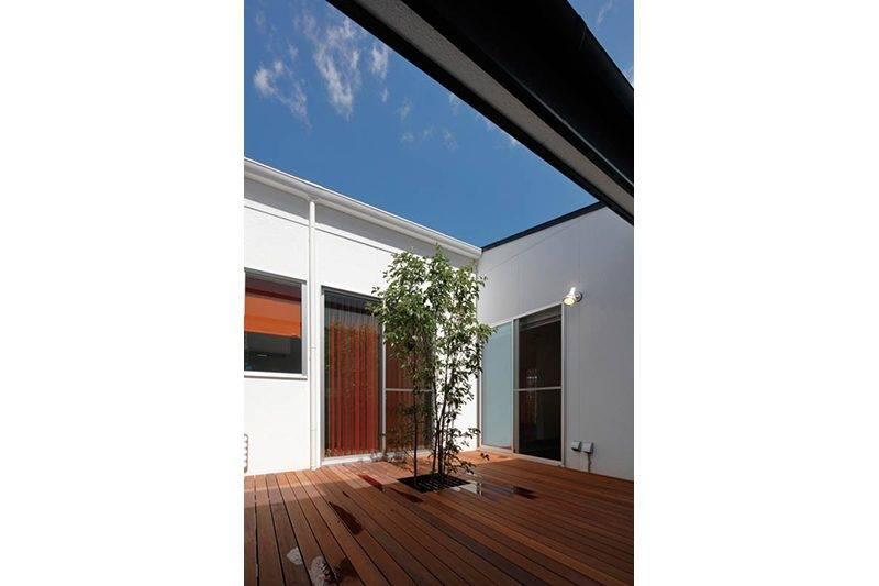 【E・デザインホーム】<br>光と風が家族を優しく包む<br>羨望の平屋づくり