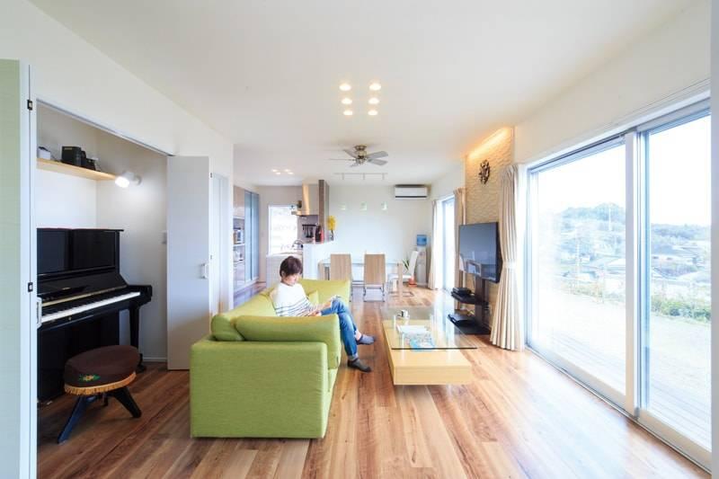 【石橋工務店】<br>大好きな景色と音色を楽しむ<br>海の見える二世帯住宅