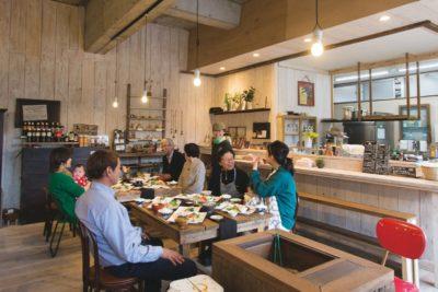 長崎でかなえた素敵な暮らし<br>まちのみんなの、おおきな家 ソトノマ(五島市)