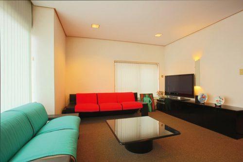 【馬場住宅】<br>日本家屋のリノベーションで<br>魅せる「懐かしくて新しい」