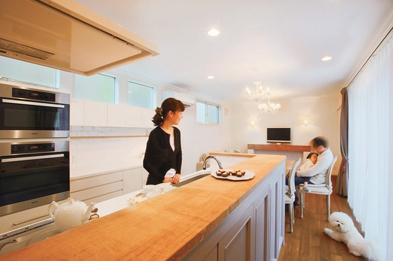 【DesignWorks 池下建設】<br>ニュアンスのある白い家で<br>静かに刻む暮らしのリズム