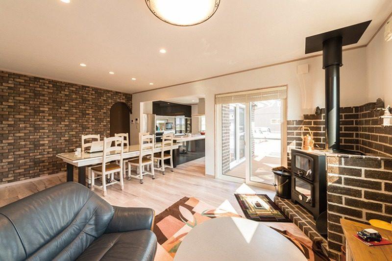 【アルファ建築空間 佐世保営業所】<br>家族の夢をレンガにのせて<br>積み上げられた新しい住まい